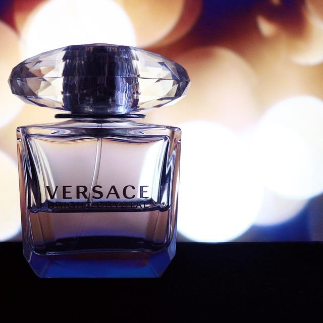 versace parfém