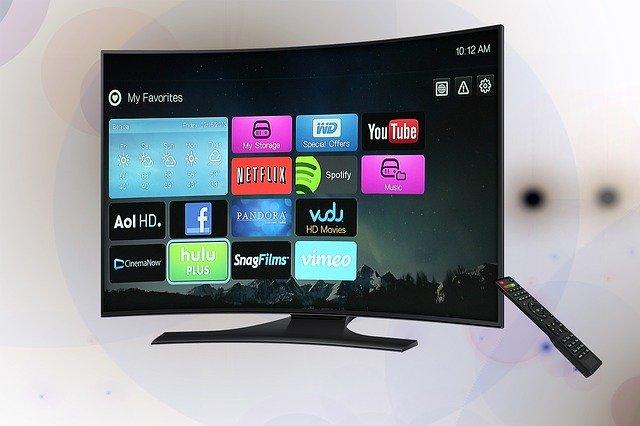 moderní prohnutá televize