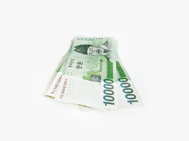 zelené asijské bankovky